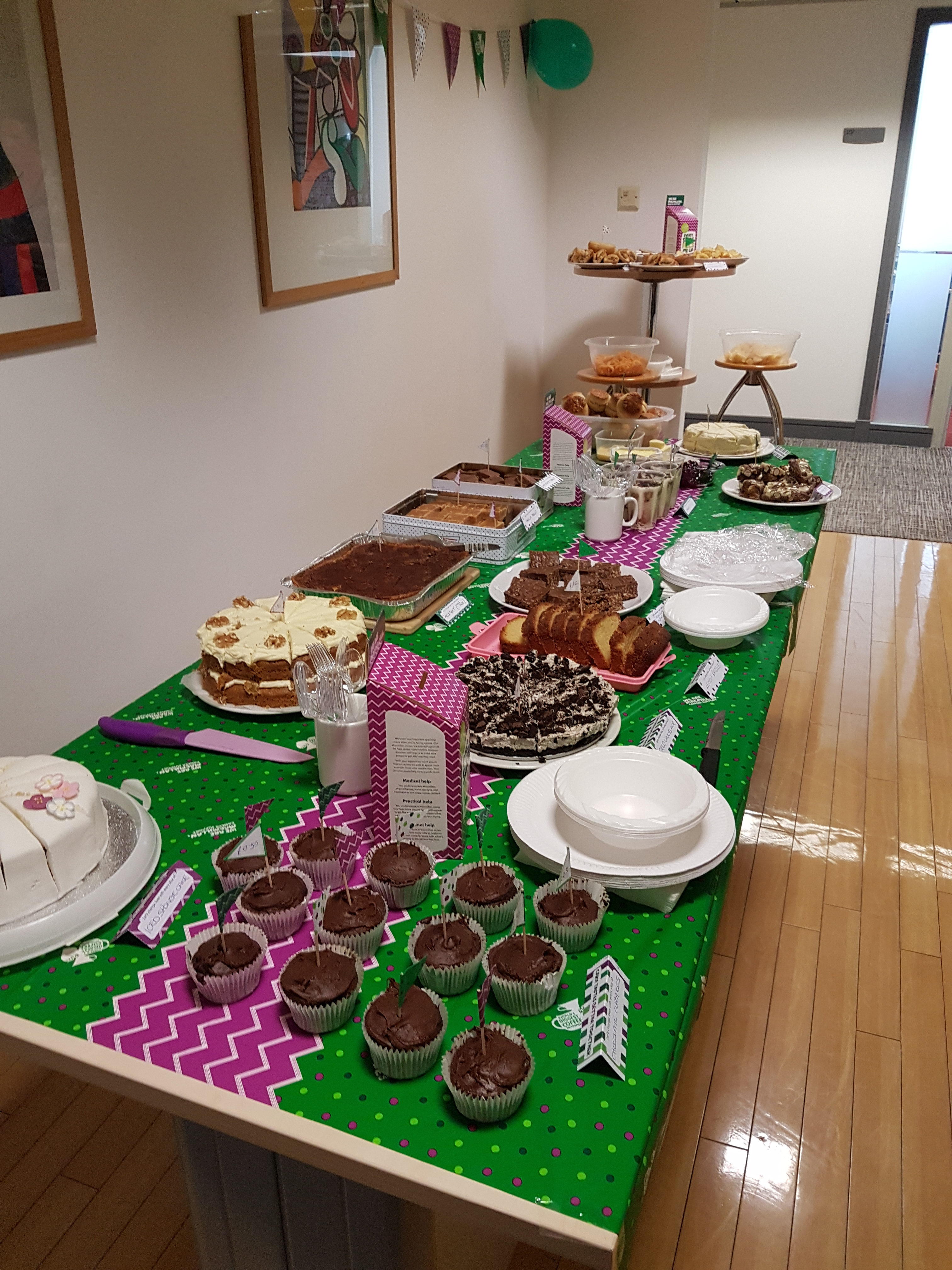 Table with the cakes that the staff made