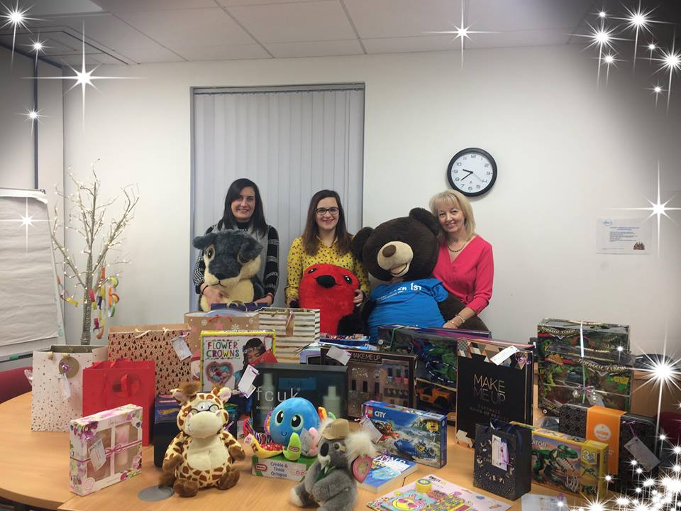 activpayroll Gets in to the Festive Spirit with Christmas Gift Giving